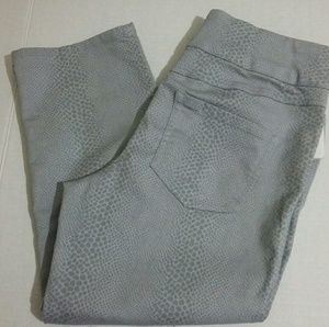 Intro Womens Capris Cropped Pants